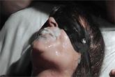 Bukkake Sau bekommt Sperma Dusche