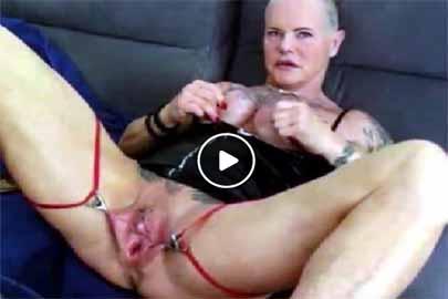 Masturbieren mit Scheiße Ebony.jpg